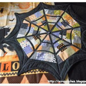 spider web table quilt